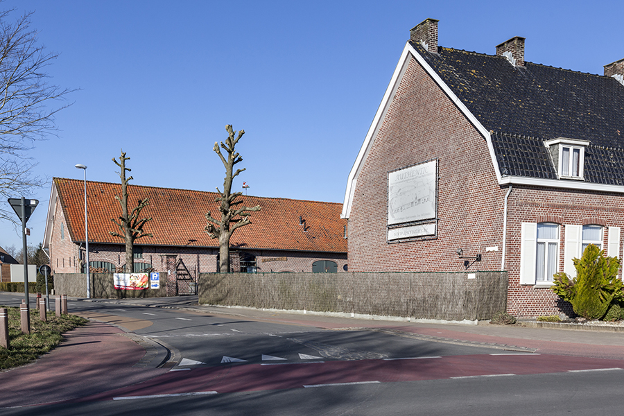 Buitenkant hoeve Authentic Roeselare